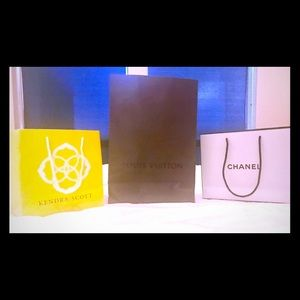 COPY - Louis Vuitton, Kendra Scott and Chanel bags